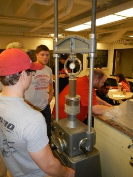 students working in Soils Lab